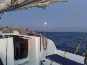 Canale di Sicilia - Il tramonto della luna all'alba